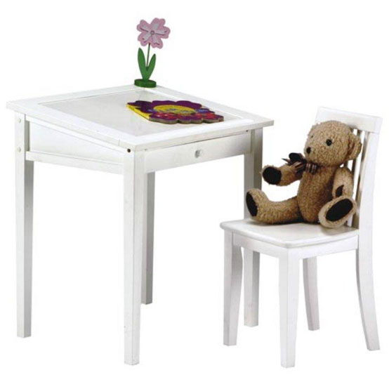 20 cool kids desks for painting and writing digsdigs - Desks for small spaces for kids gallery ...