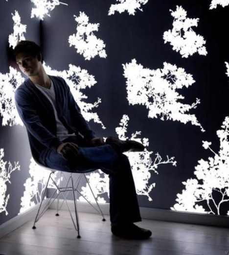 Cool Light Emitting Wallpaper from Lomox