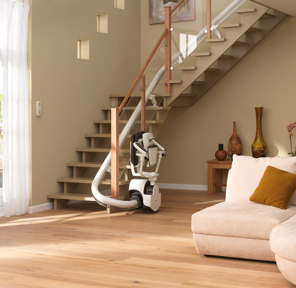 Curved stair lift sinor by thyssenkrupp monolift digsdigs - Stairlift for curved staircase ...
