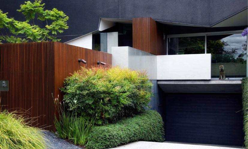 Cutting Edge House Placed On A Small Allotment