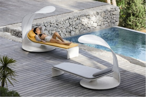 http://www.digsdigs.com/photos/Elegant-outdoor-chaise-lounge-Summer-Cloud-By-Dedon-2-554x369.jpg