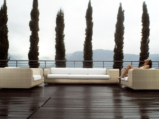 Elegant Outdoor Wicker Furniture Hug By Schönhuber Franchi