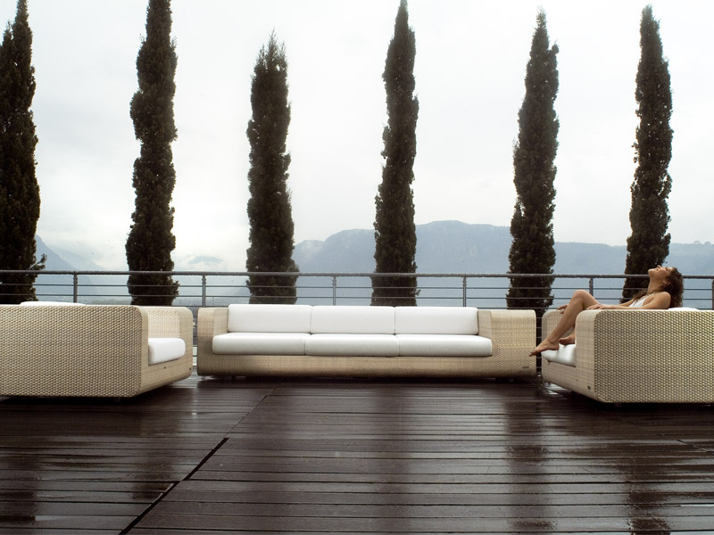 Elegant Outdoor Wicker Furniture Hug By Sch Nhuber