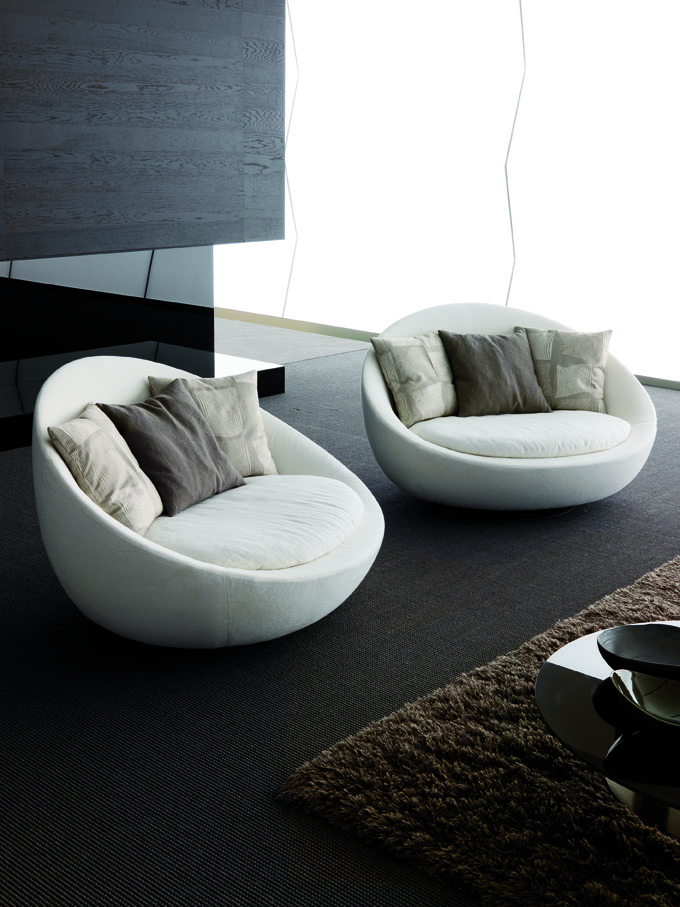 Picture of elegant sofa for modern living room lacon by for Elegant contemporary living rooms