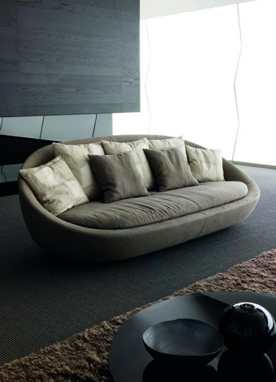 Elegant sofa for modern living room lacon by desiree for Modern living sofa