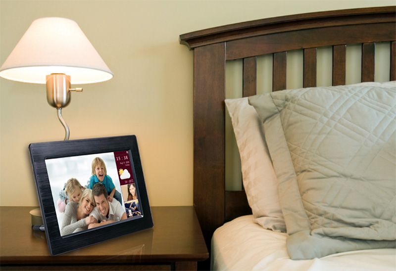 Functional And Stylish Wi Fi Digital Photo Frame TouchConnect By EStarling