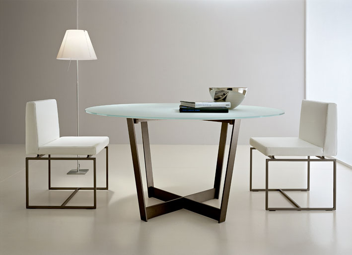 Glass dining table home designs for Comedores de cristal