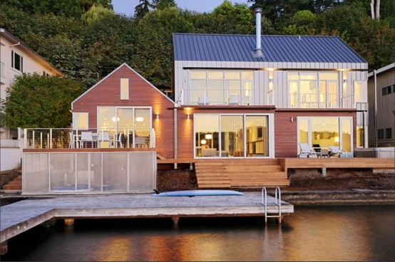 House on Lake That Occupies the Border Between Land and Water