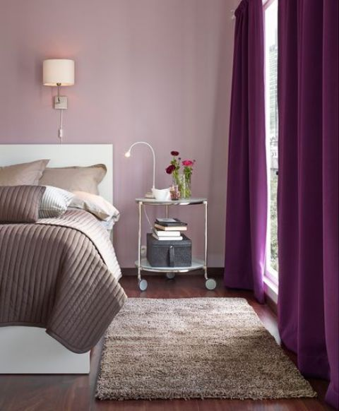 Strind can easily become a bedside table, it can hold lot of your things and it looks stylish