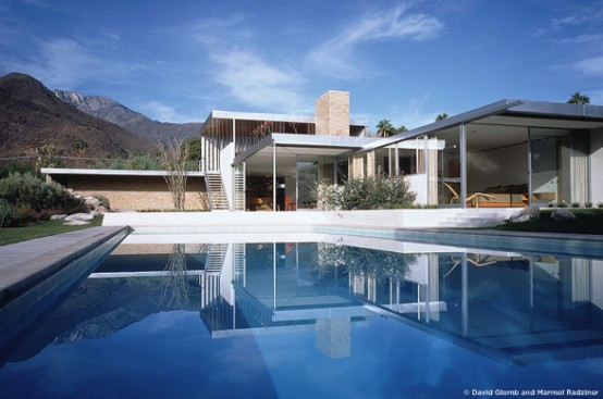 Desert Vacation House Design – Kaufmann House