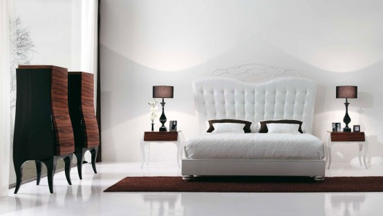 Luxury Bedroom With White Bed By MobilFresno