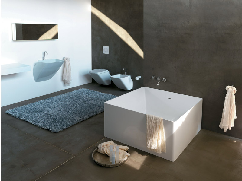 Minimalist Square Bathtub For Modern Bathroom By Colacril Digsdigs