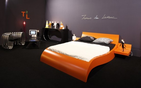 Modern Bed With Curved Base – Invitation's Bed by Thomas De Lussac Sarl