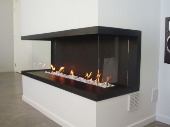 Modern italian fireplace for Hogares modernos a gas