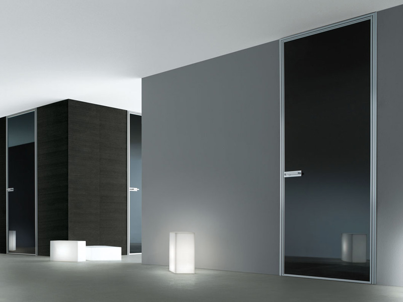 Modern interior glass doors spin by rimadesio digsdigs for Modern interior doors