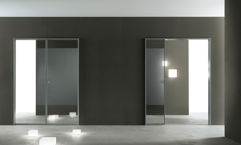 Modern interior glass doors spin by rimadesio digsdigs - Contemporary glass doors interior ...