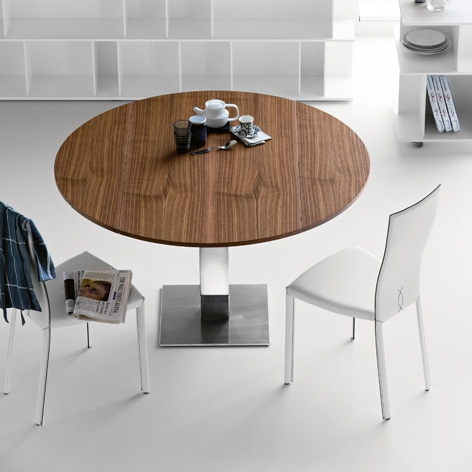 Modern Wood Top Dining Table – Elvis by Cattelan
