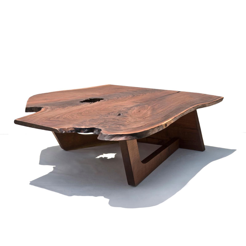 Rustic wood furniture for original contemporary room for Modern wooden coffee tables