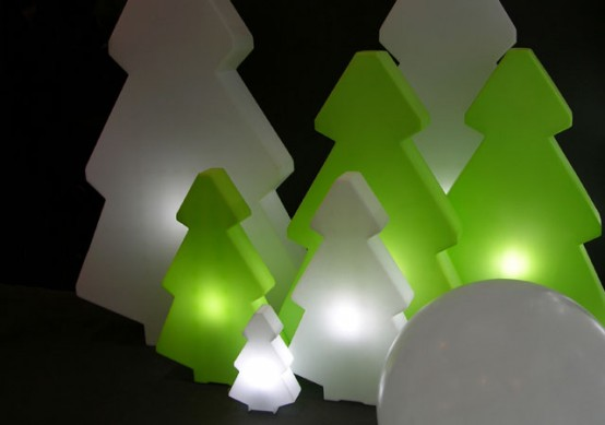 Nice Christmas Decoration – Lightree by Slide Design