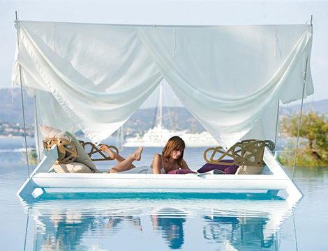 Romantic Outdoor Canopy Bed Eden By Ego Paris