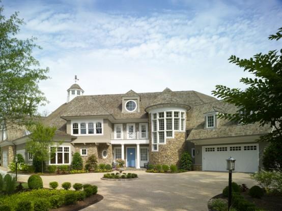 Shingle Style Family Vacantion Retreat House