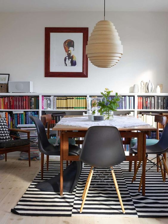 Stockholm rug in a modern dining area