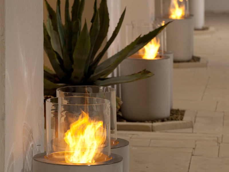 Modern Outdoor Fireplaces - The Best Outdoor Decorations ... on Outdoor Fireplace Decorations id=29535