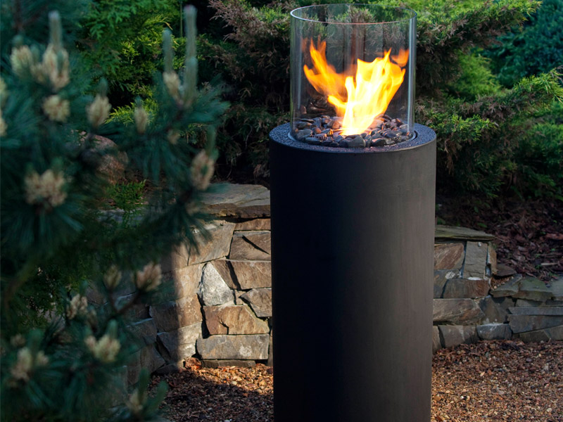 Modern outdoor fireplaces the best outdoor decorations digsdigs - Photos of outdoor fireplaces ...