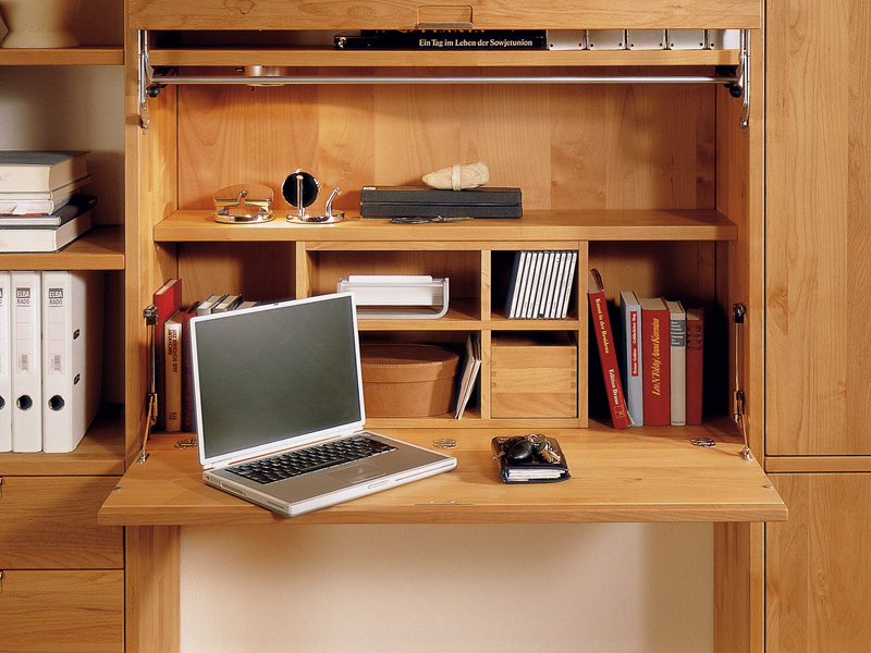 Study Table with Bookshelf 800 x 600