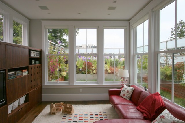 55 awesome sunroom design ideas digsdigs for Sitting window design