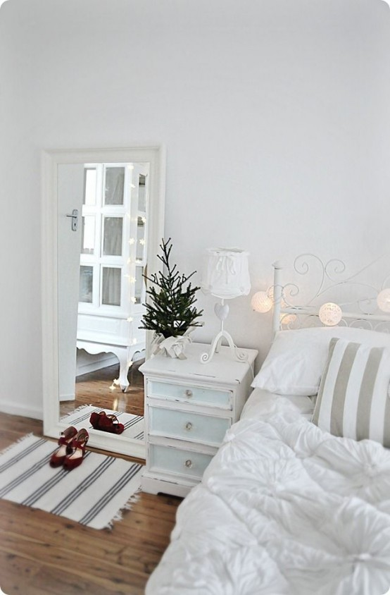 Deco Bedroom Minimalist Interior 32 adorable christmas bedroom décor ideas - digsdigs