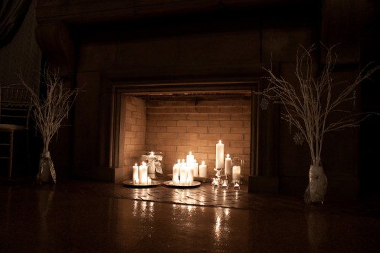 Adorable Fireplace Candle Displays For Any Interior