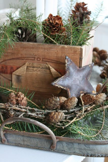 30 Adorable Indoor Rustic Christmas Décor Ideas - DigsDigs