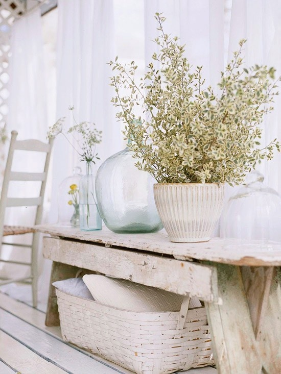 38 adorable white washed furniture pieces for shabby chic and beach d cor d - Meuble style shabby chic ...