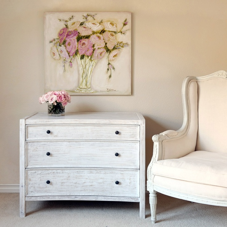 38 Adorable White Washed Furniture Pieces For Shabby Chic
