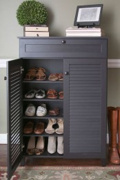 adorably-practical-ideas-to-organize-shoes-in-your-home-22