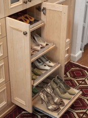 adorably-practical-ideas-to-organize-shoes-in-your-home-31