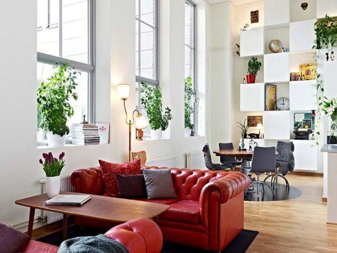 Airy Apartment With Amazing Storage Wall In Gothenburg