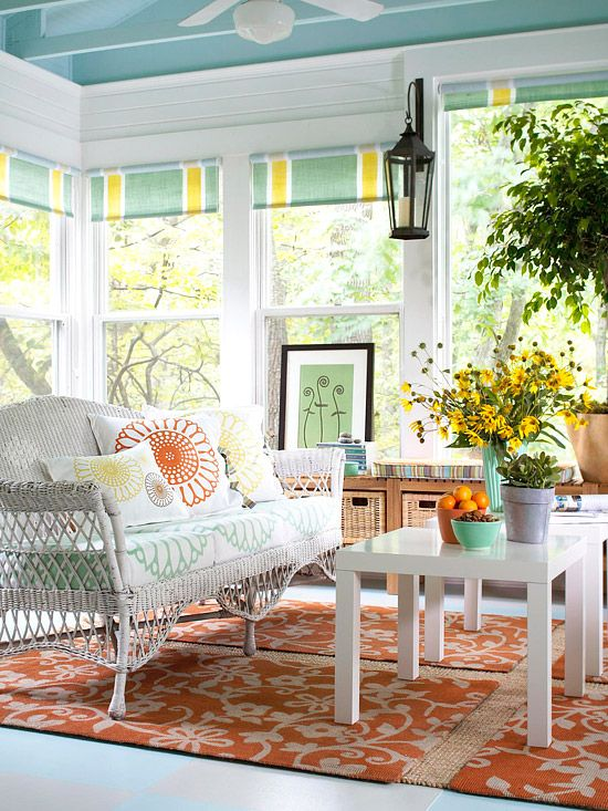 Comfy Sunroom Furniture