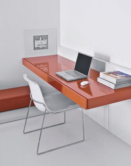 Ala Orange Suspended Desk