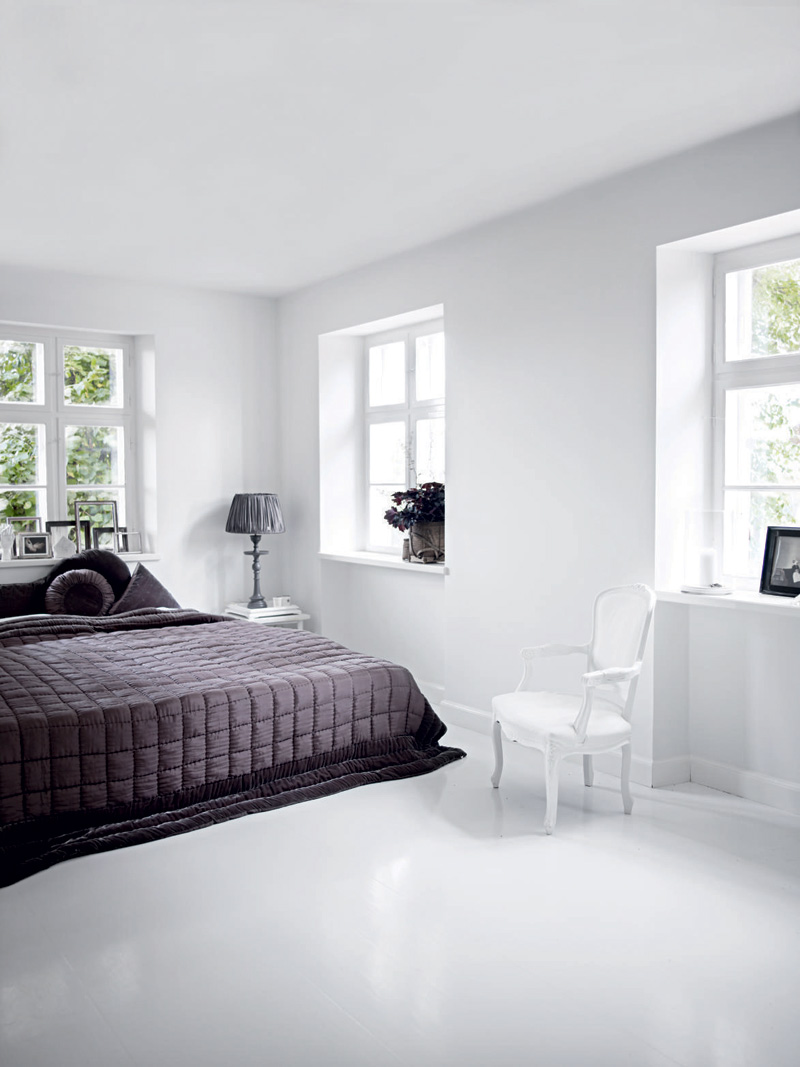 house home designs white house interior. Black Bedroom Furniture Sets. Home Design Ideas