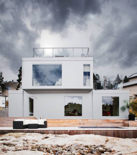 All White Scandinavian House Design with Views - DigsDigs