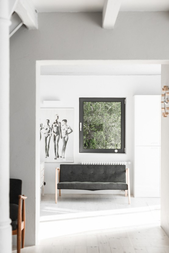 All White Mid Century Modern Home With A Scandi Feel
