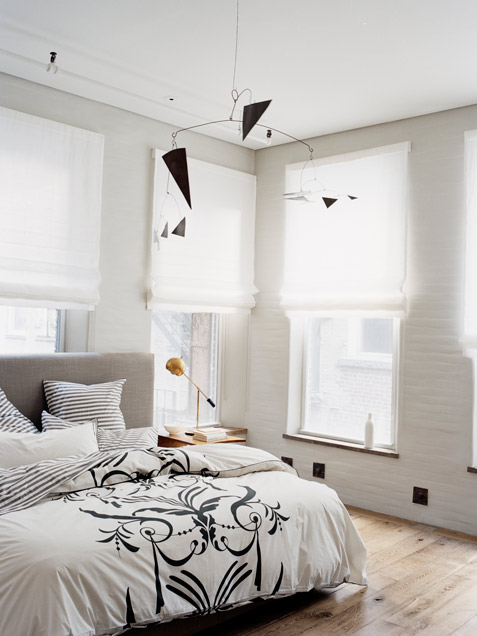 Almost White Bedroom Design