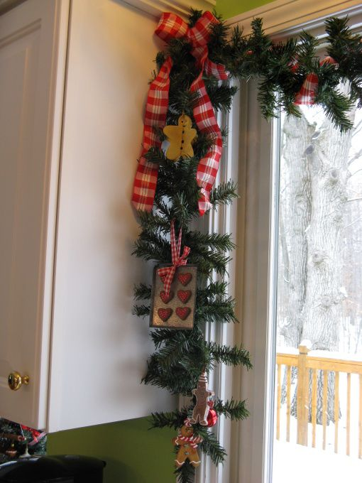 38 Amazing Christmas Garlands For Home Decor Digsdigs
