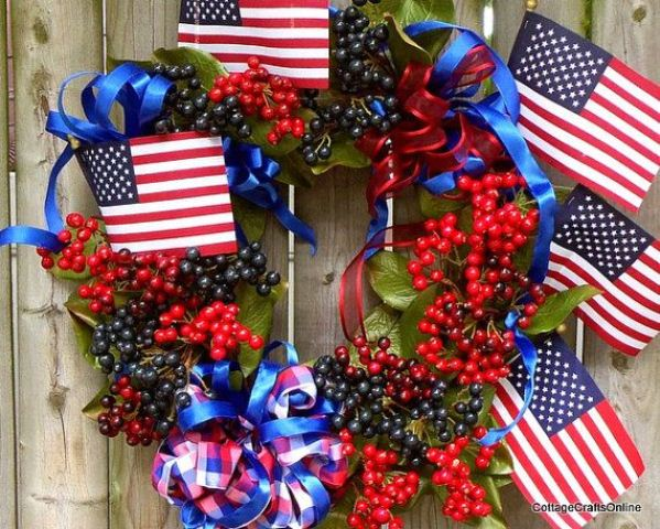 Picture of amazing independence day wreaths for Amazing wreaths