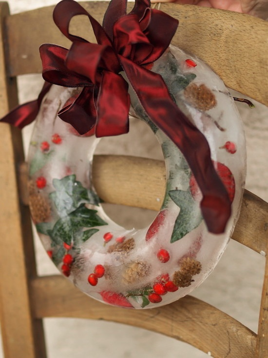 If it's really cold outside you can make a beautiful DIY wreath by simply frozing some seasonal things up.