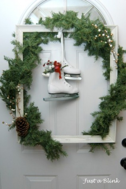 amazing outdoor christmas decorations in case you dont like big but simple wreaths you could always let your