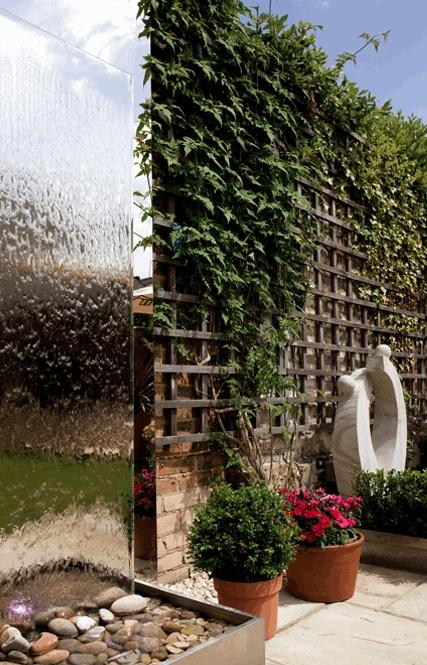 Amazing Outdoor Water Walls