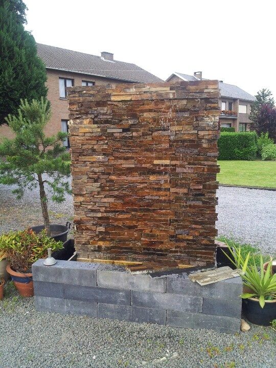 Outdoor Water Walls For Your Backyard